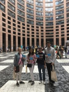 ALUMNOS DE 1º BACHILLERATO EN European Youth Event